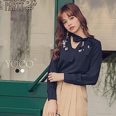 東京著衣-yoco 韓妞最愛領口刺繡花朵綁帶質感上衣-S.M.L(共二色)