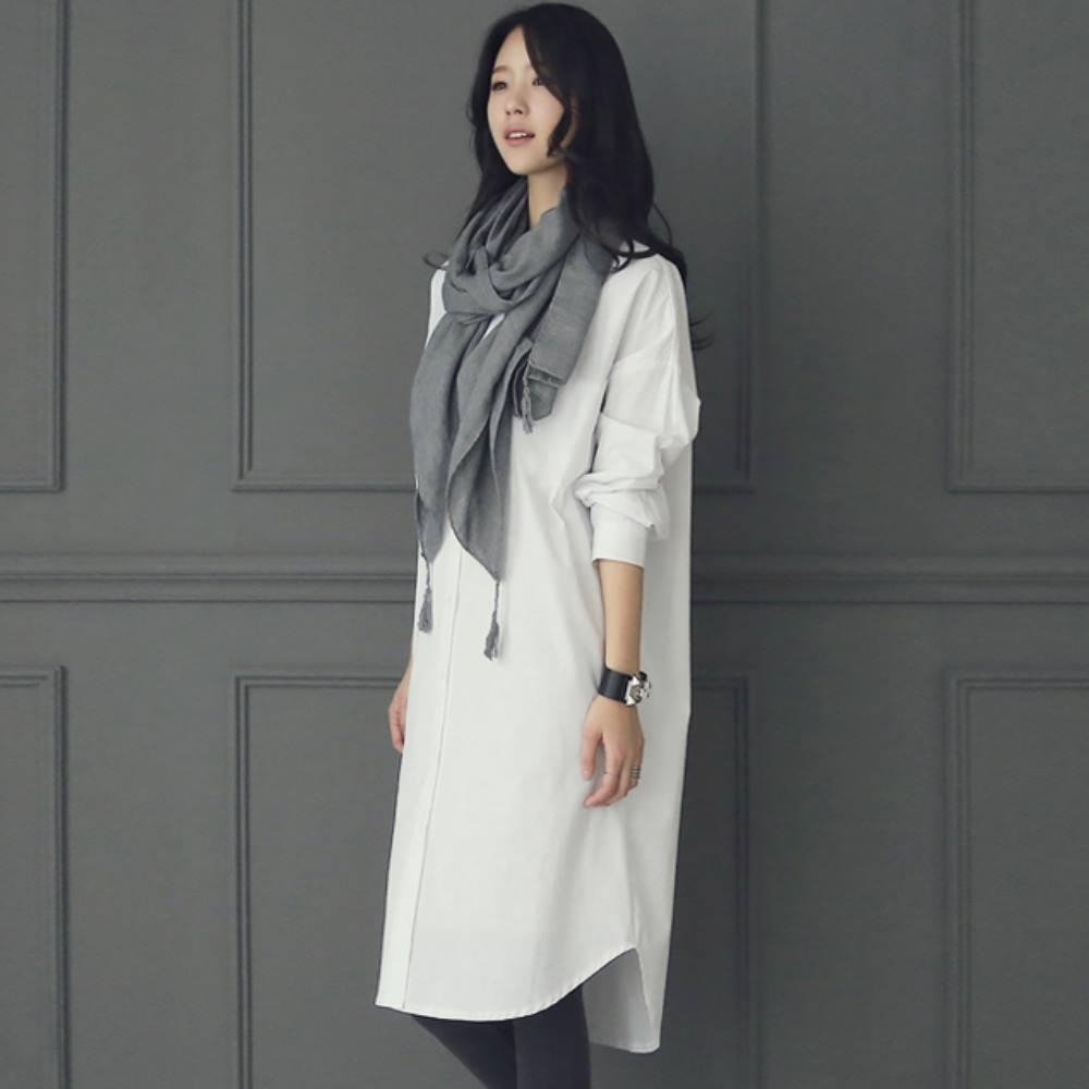 暢貨出清MOCO百搭氣質前短後長側開叉白色長版襯衫洋裝L~XL