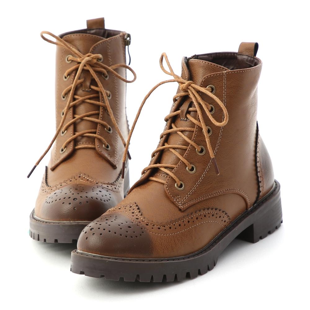 D+AF 懷舊英倫.漸層刷色雕花綁帶短靴*棕
