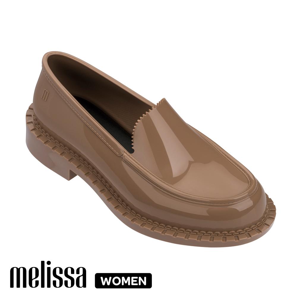 Melissa 經典款學生平底鞋-卡其