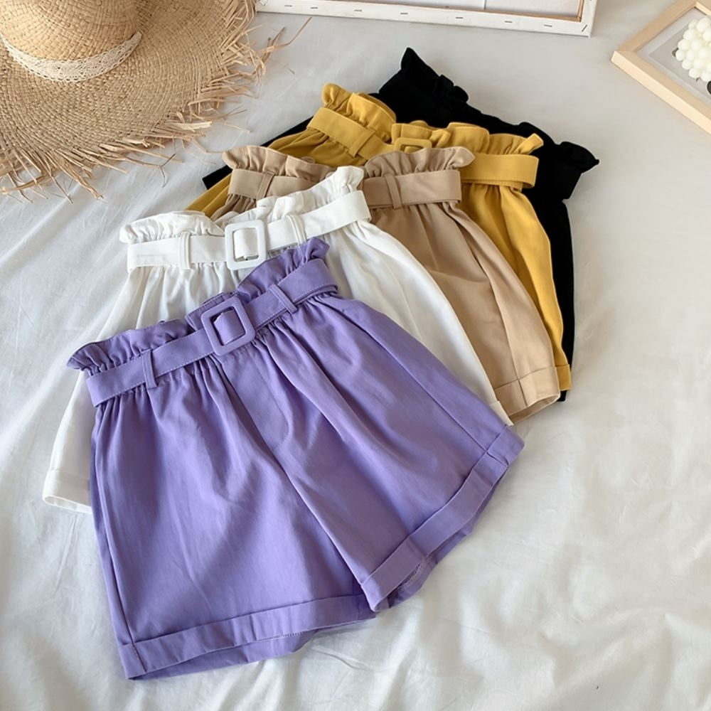 La Belleza素色花苞鬆緊腰捲邊褲管闊腿短褲附腰帶
