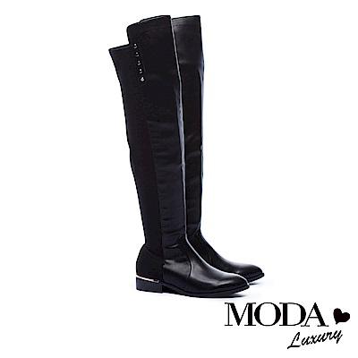 過膝靴 MODA Luxury 俐落純色異材質拼接排釦點綴粗跟過膝靴-黑