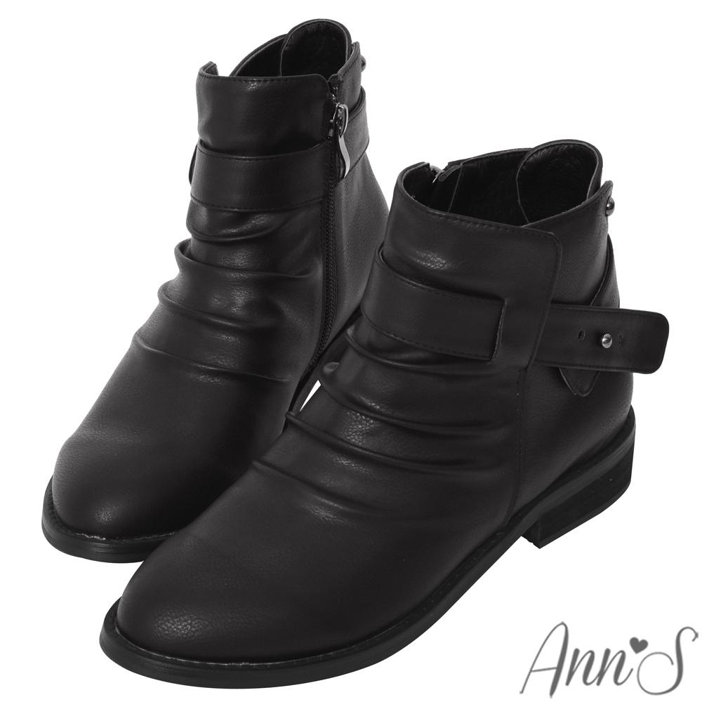 Ann'S手工抓皺造型釘扣低跟平底短靴-黑
