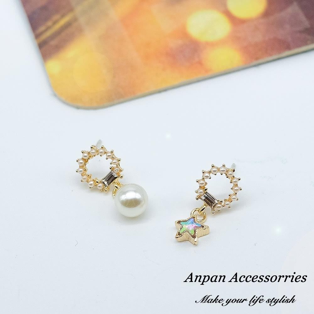 【ANPAN愛扮】韓東大門超閃不對稱舞動星星水鑽925銀耳針式耳環