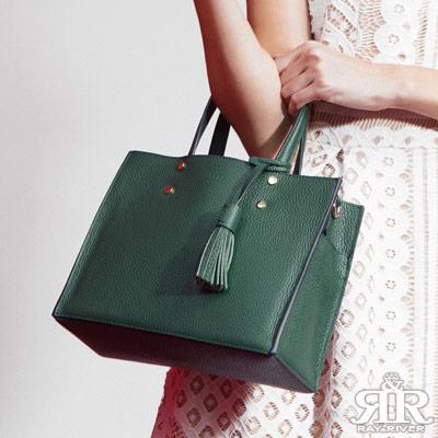 2R 頭層牛皮Calm流蘇設計口袋包 墨石綠