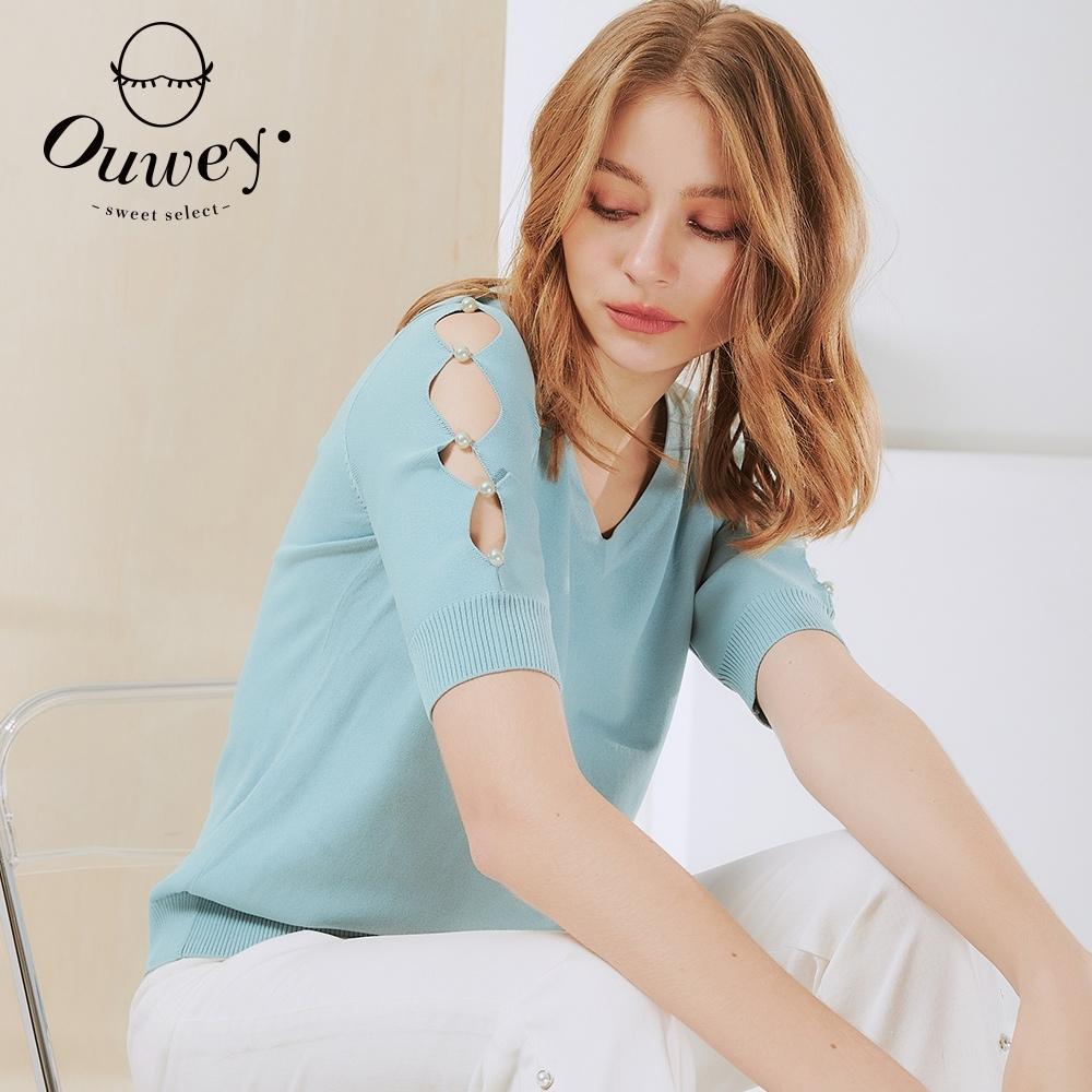 OUWEY歐薇 珍珠縷空花邊袖針織上衣(淺藍/粉)3211165005