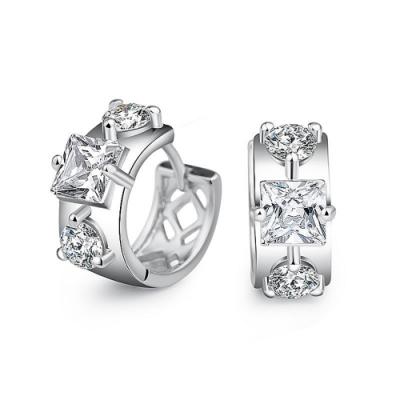 梨花HaNA S925銀針三顆鑽皓石圈飾耳環