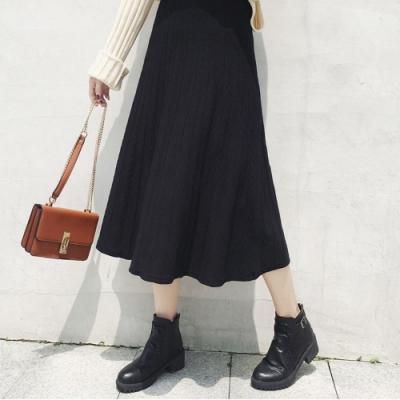 La Belleza素色鬆緊腰麻花坑條包心紗針織長裙波浪大擺裙