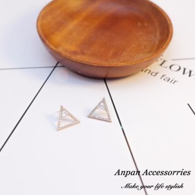【ANPAN愛扮】韓南大門三角幾何閃鑽925銀針耳釘式耳環(兩色可選)