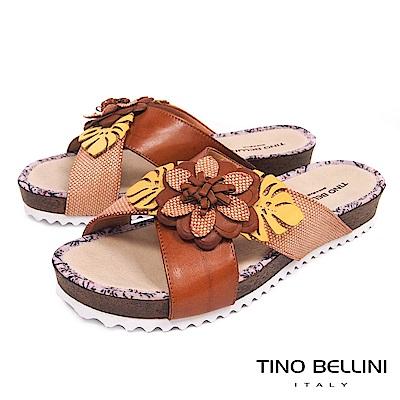 Tino Bellini 巴西進口多層次立體繁花厚底涼拖鞋 _ 棕