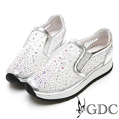 GDC-極Q!軟底簍空網紗透氣水鑽舒適休閒鞋-銀色