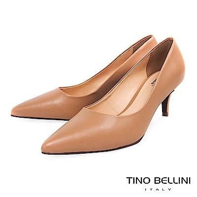 Tino Bellini 巴西進口優雅知性純色跟鞋 _ 奶茶色