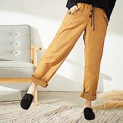 慢 生活 厚棉款蕾絲反摺長褲-黃色/咖啡