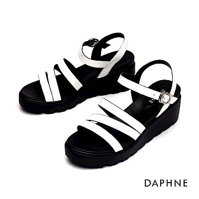 達芙妮DAPHNE 涼鞋-幾何縷空條帶休閒厚底楔形涼鞋-白色
