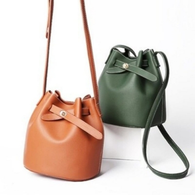 米蘭精品 肩背包水桶側背包-簡約純色休閒百搭女包人節生日禮物73sb2