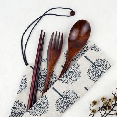Caldo卡朵生活 山谷回響附袋木質餐具4件組(快)