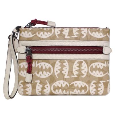 COACH x Guang Yu淺卡C白線塗鴉方扁大款手拿包
