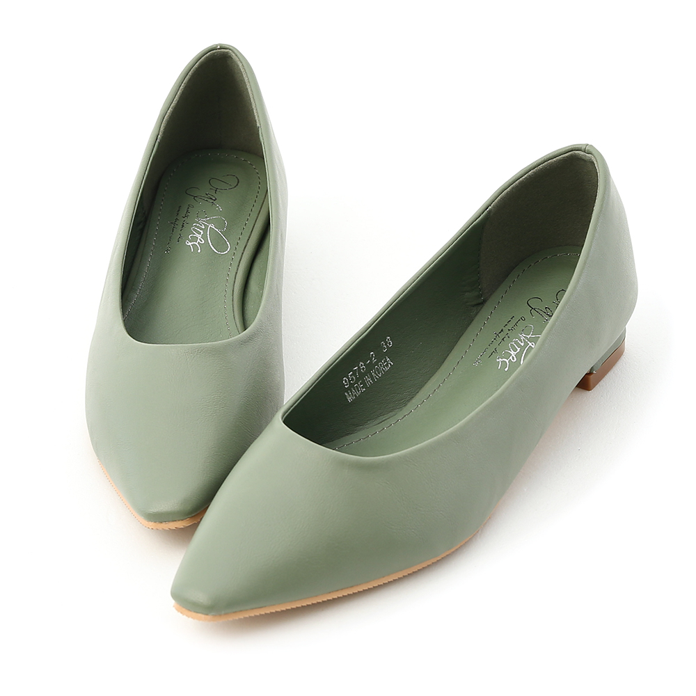 D+AF 純色時尚.素面微尖頭低跟鞋*綠
