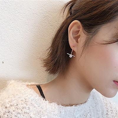 梨花HaNA 韓國火光閃閃超閃瞎金色水鑽十字耳環