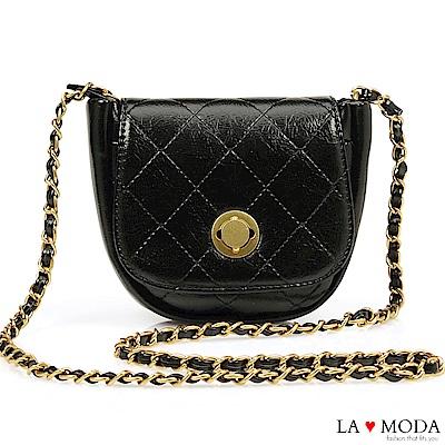La Moda 小香風宴會約會首選菱格紋旋鈕鍊帶肩背斜背小方包(黑)