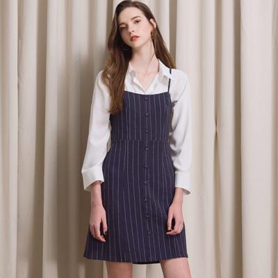 AIR SPACE LADY 甜美排釦直紋棉麻吊帶洋裝(深藍)