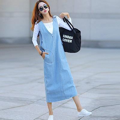 正韓 V領壓扣條肩帶牛仔連身長裙 (藍色)-N.C21