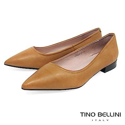 Tino Bellini 俐落簡約質感全真皮尖楦微跟包鞋 _ 棕