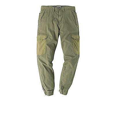 Timberland 男款藻綠色修身版工作風窄管褲 | A1M3HI58
