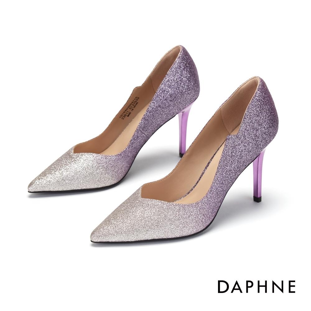 達芙妮DAPHNE 高跟鞋-桃心鞋口亮布尖頭高跟鞋-紫