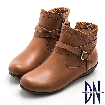 DN 甜美休閒 真皮素面滾邊簍空雕花短靴-棕