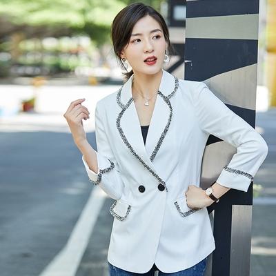 UGIZ-韓系素色鑲邊西裝外套-白(M-3XL)