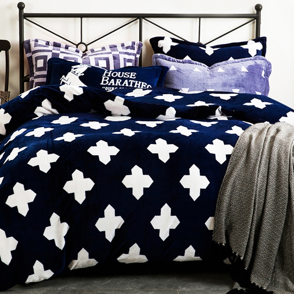 Ania Casa 超保暖法蘭絨 加大兩用被毯床包四件組 - 多款任選