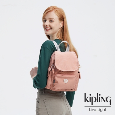 Kipling 奶油草莓拿鐵色拉鍊掀蓋後背包-CITY PACK MINI