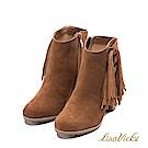 LisaVicky美式個性側邊流蘇粗跟短靴-沙漠棕