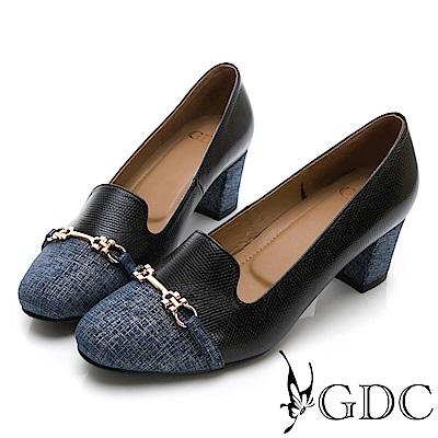 GDC-異材拼接單寧風格金屬扣低跟包鞋-黑色