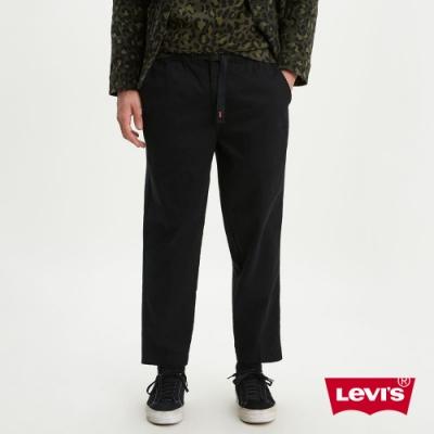 Levis 男款 上寬下窄 休閒工作褲 Logo 鬆緊帶