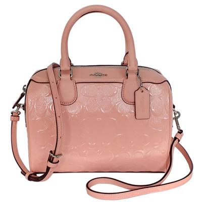 COACH粉紅浮雕C Logo漆皮手提/斜背小款波士頓包