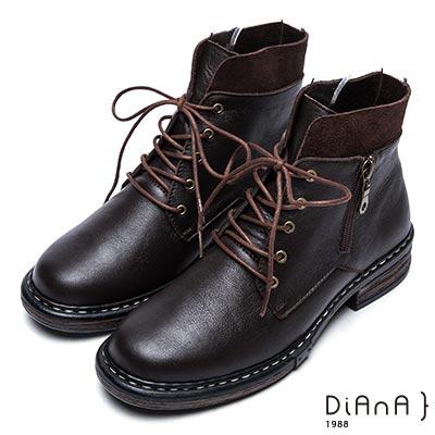 DIANA 復古英倫-英挺牛皮x麂皮異材質拼接綁帶短靴-咖