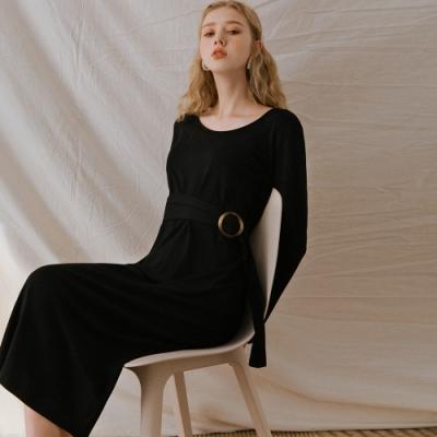 AIR SPACE LADY 優雅素色綁帶後開衩長袖洋裝(黑)