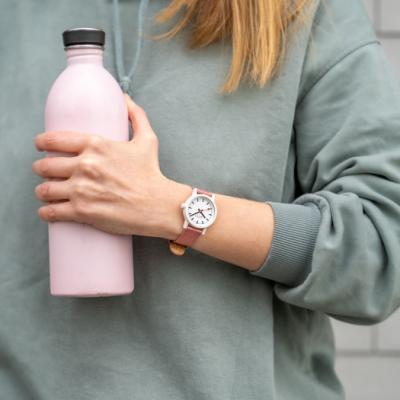 MONDAINE 瑞士國鐵 essence腕錶 – 41mm / Pink Suede粉色絨革