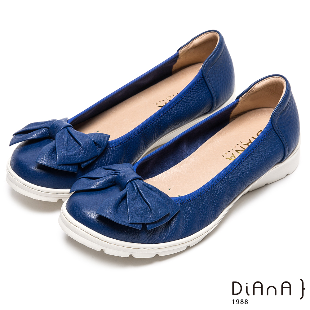 DIANA 時尚延燒—簡約蝴蝶結真皮圓頭娃娃鞋-深藍