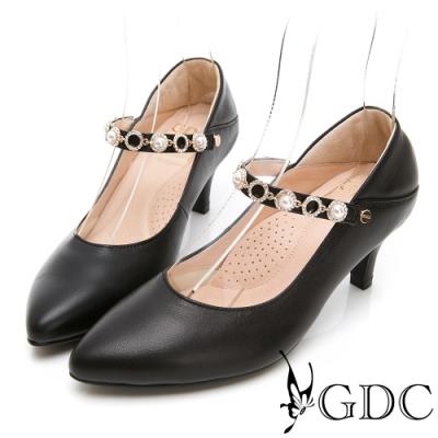 GDC-真皮繞帶水鑽素雅中跟尖頭鞋-黑色