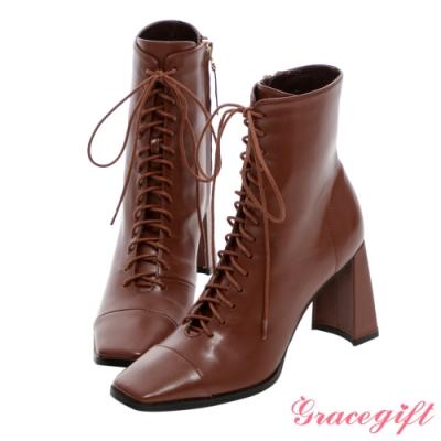 Grace gift X Kerina-聯名方頭綁帶高跟短靴 棕
