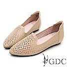 GDC-文青氣質質感簍空雕花真皮平底包鞋-卡其色