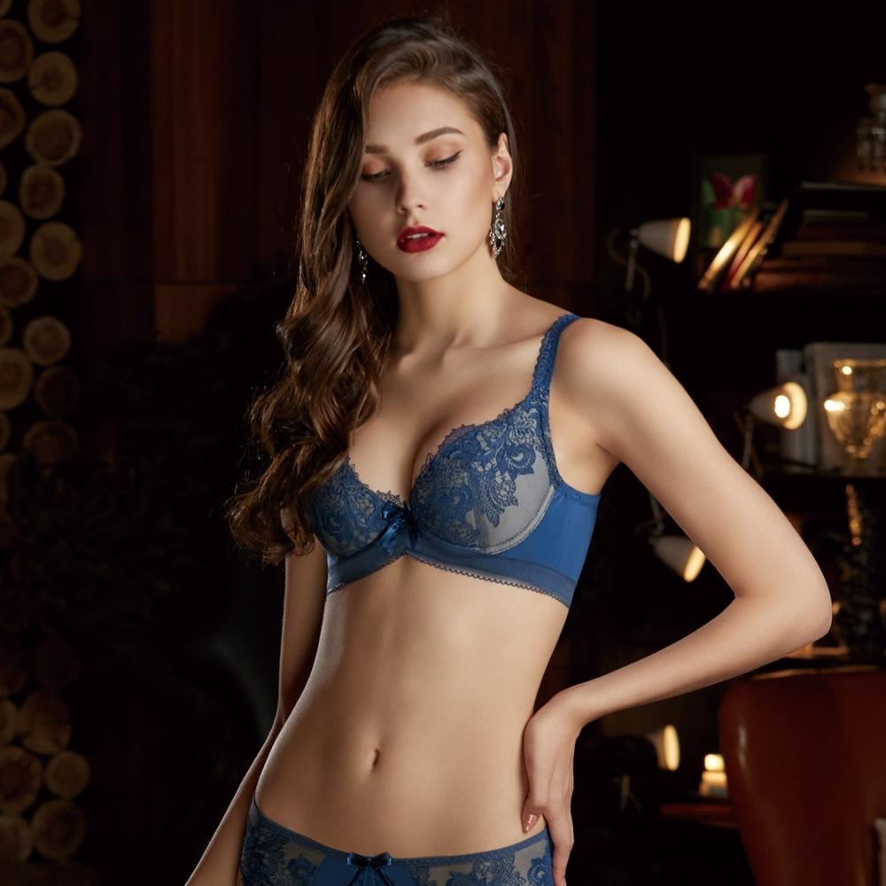 曼黛瑪璉 V極線內衣  B-E罩杯(樸實藍)