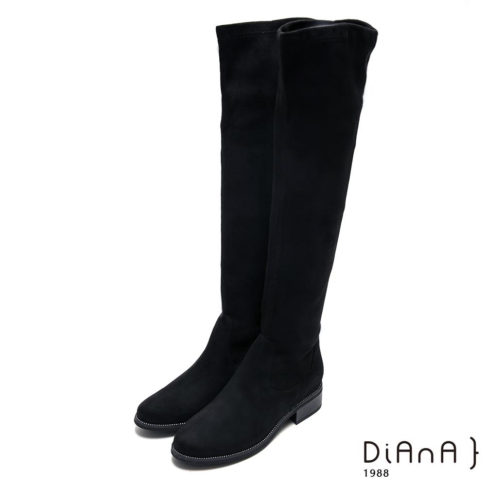 DIANA 獨特魅力絨布低跟過膝長靴-性感尤物-黑