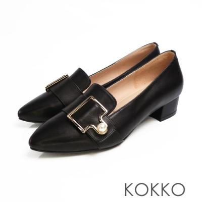 KOKKO -珍愛每一天珍珠扣尖頭粗跟鞋-經典黑