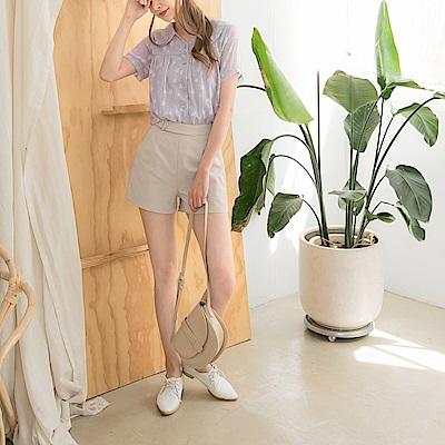 純色質感假腰帶造型A字西裝短褲-OB大尺碼