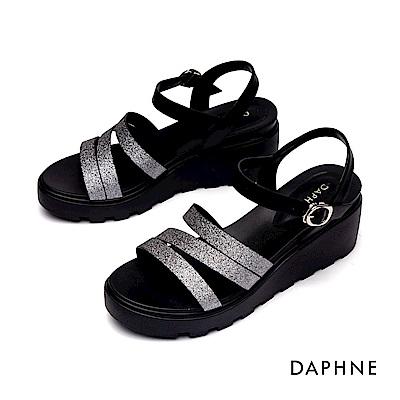 達芙妮DAPHNE 涼鞋-幾何縷空條帶休閒厚底楔形涼鞋-鍚色
