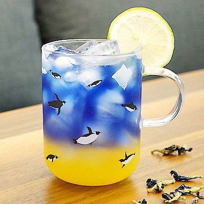 Caldo卡朵生活 極地樂游企鵝耐熱玻璃馬克杯